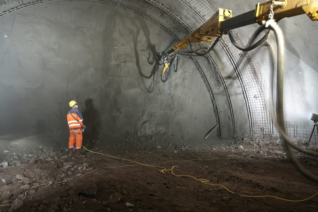 Sulzer Dewatering in German tunnel project.