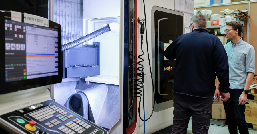 Sulzer Trials of the combined 5-axis CNC milling and laser metal deposition head