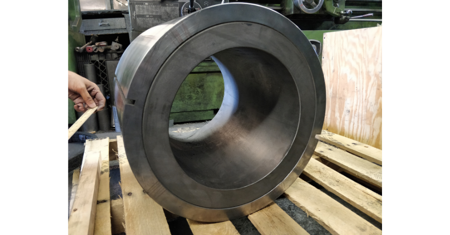 Manufacturer of Fire Resistant Fabrics Discovers 25-Year Old Graphalloy Bushing Still Operating! (2)